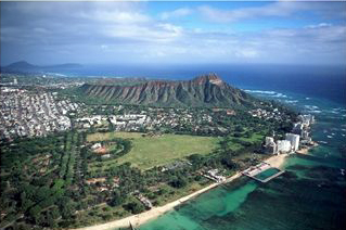 Diamond Head End of Waikiki Beach
